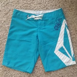 Volcom Board / Surf / Swim Shorts - size 3